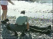 Immigrant body found on beach
