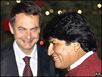 Evo Morales (right) and Jose Luis Rodriguez Zapatero