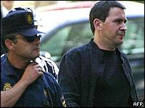 Arnaldo Otegi (right)