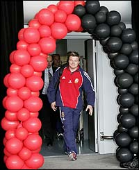 Brian O'Driscoll, the Lions captain arrives in Auckland