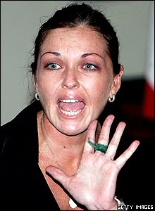 Australian beauty therapist Schapelle Corby shouts to her family in court