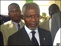 Kofi Annan arrives in Sudan
