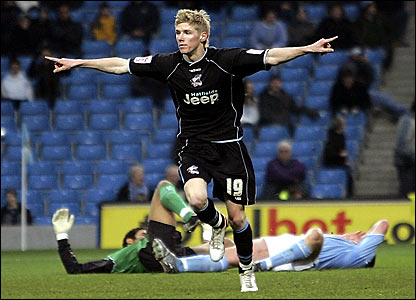 Scunthorpe's Andy Keogh celebrates his goal