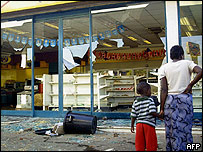 A looted supermarket in Harare after hundreds of residents rioted after police destroyed street stalls in an ongoing crackdown on vendors and other illegals in the capital (AFP/Getty Images)