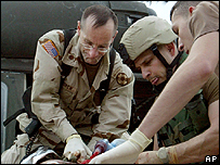 US medics in Iraq try to save a soldier's life