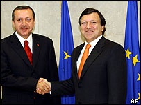 Turkey's PM Recep Tayyip Erdogan (left) meets EU Commission president Jose Manuel Barroso