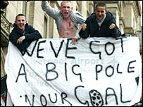 Liverpool fans with Dudek banner