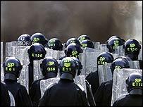Scottish police train for summit duty