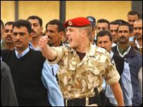 British soldier training officers in Iraq