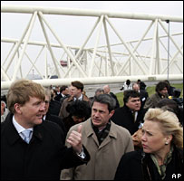 Dutch Crown Prince Willem Alexander (left), US Sen David Vitter (centre) and US Sen Mary Landrieu (right) at Maeslant Barrier gates near Hoek van Holland