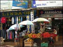 Paraguay flower seller, Cuidad del Este