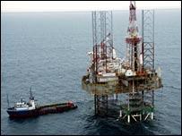 Nigeria's dangerous oil rigs