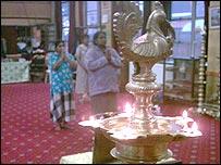 Praying at the Eelap Patheeswarar temple