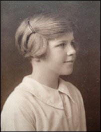 Venetia Phair a los 11 años