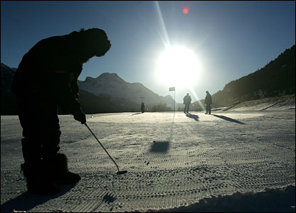 The Swiss Alps provide the most magnificent backdrop to a testing long putt