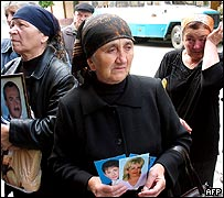 Relatives of Beslan victims outside courtroom