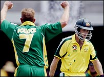 Shaun Pollock removes Simon Katich