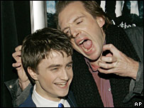 Ralph Fiennes (r) hams it up with Harry Potter star Daniel Radcliffe