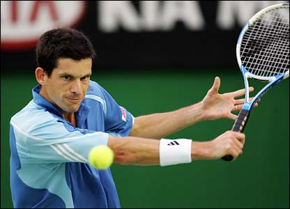 Tim Henman returns to Dmitry Tursunov