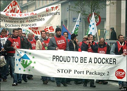 Dock workers march in Strasbourg