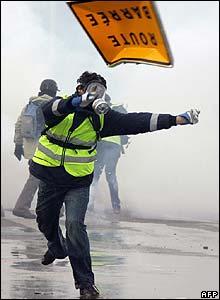 Violent scenes outside EU Parliament