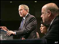 Mr Bush makes his speech in Florida