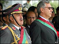General Marcelo Antezana and outgoing President Eduardo Rodriguez, in a 2005 photo