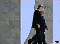 El presidente de Brasil, Luis Inacio Lula da Silva y el presidente de Argentina, Néstor Kirchner.