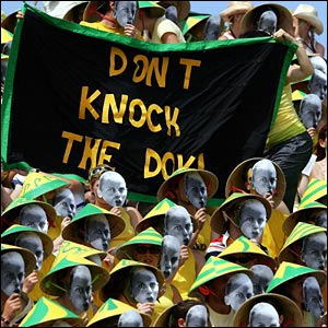 Australian fans show their support for their sometime compatriot Jelena Dokic
