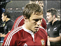 A dejected Jonny Wilkinson leaves the field