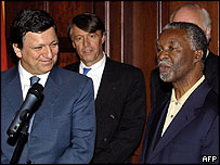 European Commission President Jose Manuel Barroso (left) and South African President Thabo Mbeki