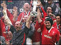 Wales celebrate their Grand Slam success in 2005