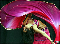Bellydance Superstars and the Desert Roses