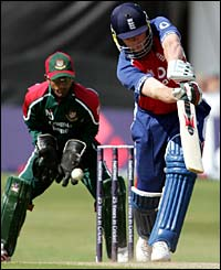 Andy Flintoff in action witht the bat