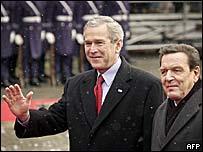 US President George W Bush and German Chancellor Gerhard Schroeder