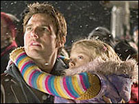 Tom Cruise and Dakota Fanning in War of the Worlds
