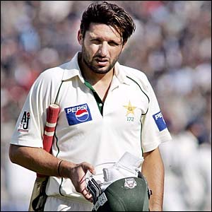 41242722 afridiout - Shahid Afridi Pic