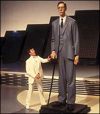 Robert Wadlow on the BBC's The Record Breakers