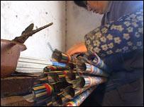 Firework maker