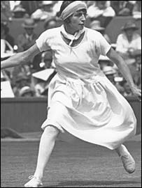 Kathleen McKane at Wimbledon in 1923