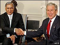 Shaukat Aziz and George Bush