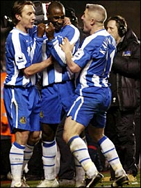 Wigan celebrate Jason Roberts' goal