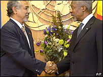 "East Timor President Alexandre 'Xanana"" Gusmao, left, shakes hands with United Nations Secretary-General Kofi Annan Friday, Jan. 20, 2006"