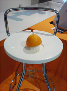 Lap juicer - Philip Worthington and Theo Humphries (Interaction Design)