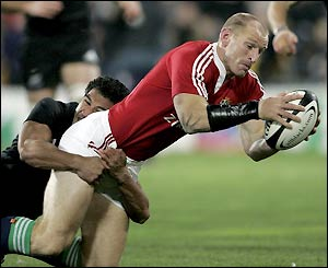 Welshman Gareth Thomas gives the tourists the lead