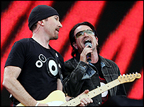 U2 performs during the opening of the Live 8 concert