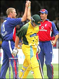 England celebrate the dismissal of Ricky Ponting