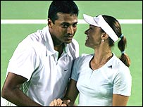Martina Hingis and Indian partner Mahesh Bhupathi
