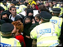 Police and anti-capitalist demonstrators in central Edinburgh
