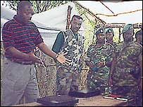Pierre Nkurunziza (l) with FDD fighters